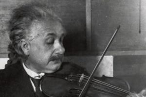 Albert_Einstein_violin-edited[1]